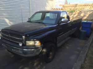 1996 Dodge Power Ram 1500 Camionnette
