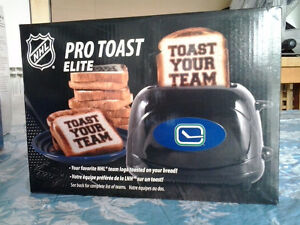 NHL PRO TOAST ELITE WITH VANCOUVER CANUCKS LOGO