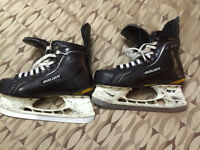 Pro stock Bauer total one skates