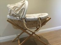Mamas & Papas Moses Basket 7700 and Stand, Cream/Beige, Excellent Condition