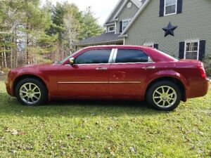 2008 CHRYSLER 300 LIMITED - AWD - GORGEOUS CAR!!!!