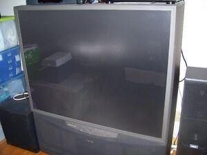 TV de 50 pouces téléviseur télévision