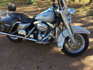2004 Harley Davidson Road King Classic. ***REDUCED***