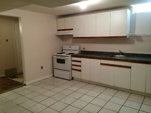 2 Bed rooms Basement Appartment in Brampton