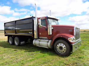 2009 International 9900i Grain Truck