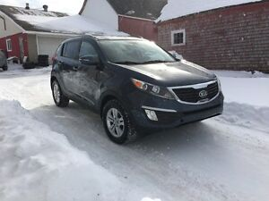 2013 Kia Sportage AWD **LOW KM**