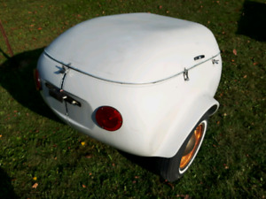 Covered motor cycle or car, trailer
