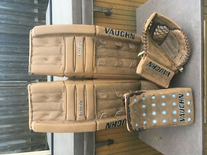 "Jimmy Howard- Winter Classic ""DEMO"" Goalie Gear"