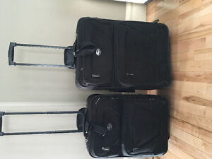 American Tourister Luggage combo: carry on and medium sizes