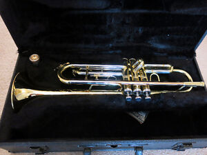 Conn Trumpet Model 201 - immaculate condition!