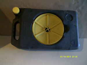 oil catch container