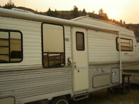 30 Ft Layton 5th Wheel For Sale