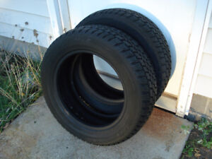 2-195/60/15 Arctic Claw Snow Tires