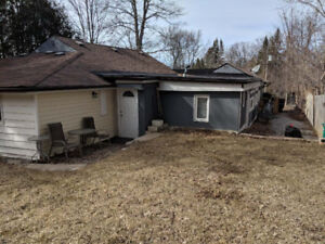 2 Bdrm Bungalow In Nouth Keswick For Rent