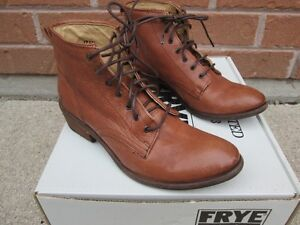 Frye Carson Ankle Lace Up Cognac Brown Leather Boots Lighty Worn
