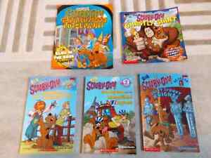 Scooby doo readers and books