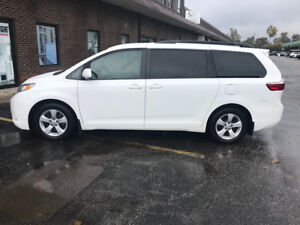 2015 Toyota Sienna LE Model  Financial Available