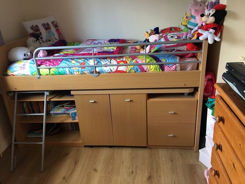 Single bed child's high sleeper