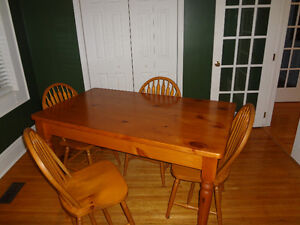 harvest table an 4 chairs