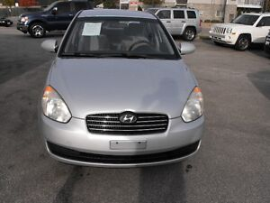 2007 ACCENT GL SEDAN  LOADED  5 SPEED  ONE OWNER-NO ACCIDENTS Windsor Region Ontario image 3