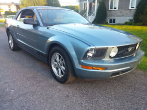 2006 Ford Mustang Convertible, Bas Millage, Tres Propre, Etc....