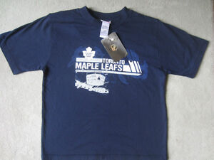 BRAND NEW - TORONTO MAPLE LEAFS T-SHIRT - YOUTH M