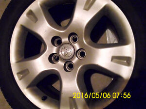 16x6.5 Aluminum Alloy Wheel with tires