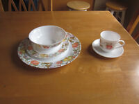 dish set - 8 place setting