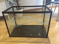 LARGE RAT/HAMSTER/GUINEA PIG GLASS CAGE, GREAT CONDITION