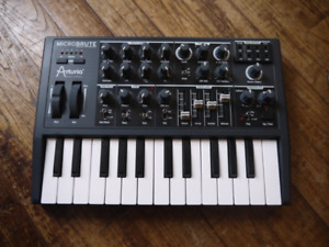 Microbrute synth