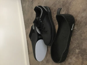Men's Size 13 Curling Shoes, worn once