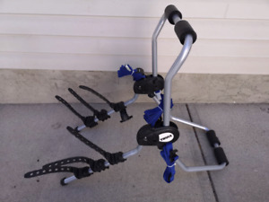 NEW 3 BIKES RACK THULE TRUCK MOUNT CARRIER