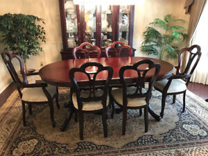 Beautiful Solid Cherry Dining Room Set