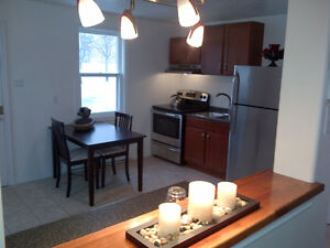 Dartmouth - Three level, 3 bedroom townhouse, Great Location!