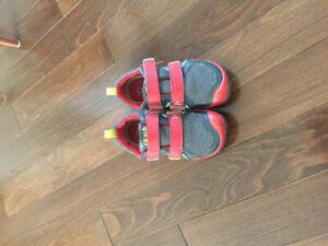 Chaussure garçon - grandeur 13