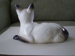 "Beswick England Figurine - "" Seal Point Siamese Cat "" #1559 Kitchener / Waterloo Kitchener Area image 4"