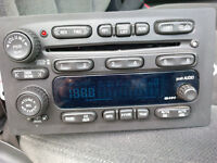 Stock - STEREO/RADIO 6 Disc out of GM 2004