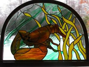 stained glass lobster in a lobster trap bow