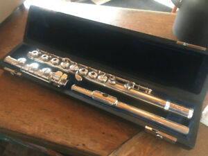 Armstrong Heritage 60B semi-pro flute