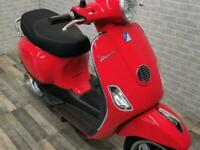 2015 (15) PIAGGO VESPA 50CC SCOOTER WITH ONLY 3703 MILES