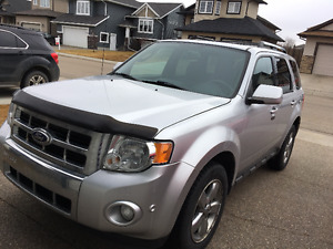 2011 Ford Escape Limited SUV, Excellent Condition, Fully Loaded
