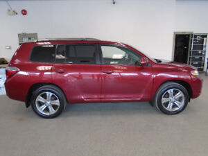 2009 TOYOTA HIGHLANDER SPORT 4X4 LEATHER! 1 OWNER! ONLY $12,900!