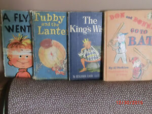 LOT OF 8 DR. SEUSS VINTAGE PRELOVED BOOKS. WELL READ