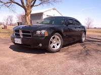 2006 Dodge Charger w/ custom duels
