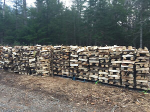 Quality FIREWOOD. 128 Cubic Ft Guaranteed. Don't Wait!