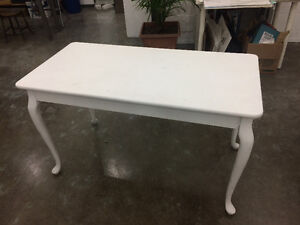 Table blanche style antique / baroque style table
