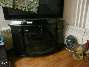 MOVING - TV console