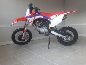 2018 Rxf 150cc 17/14 wheel set
