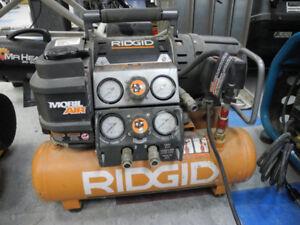 Ridgid OF5015OTS 5 Gallon Tri Stack Air Compressor