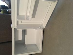 Mini réfrigérateur parfait état